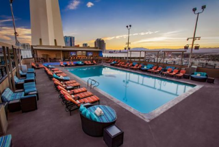 Radius Rooftop Pool